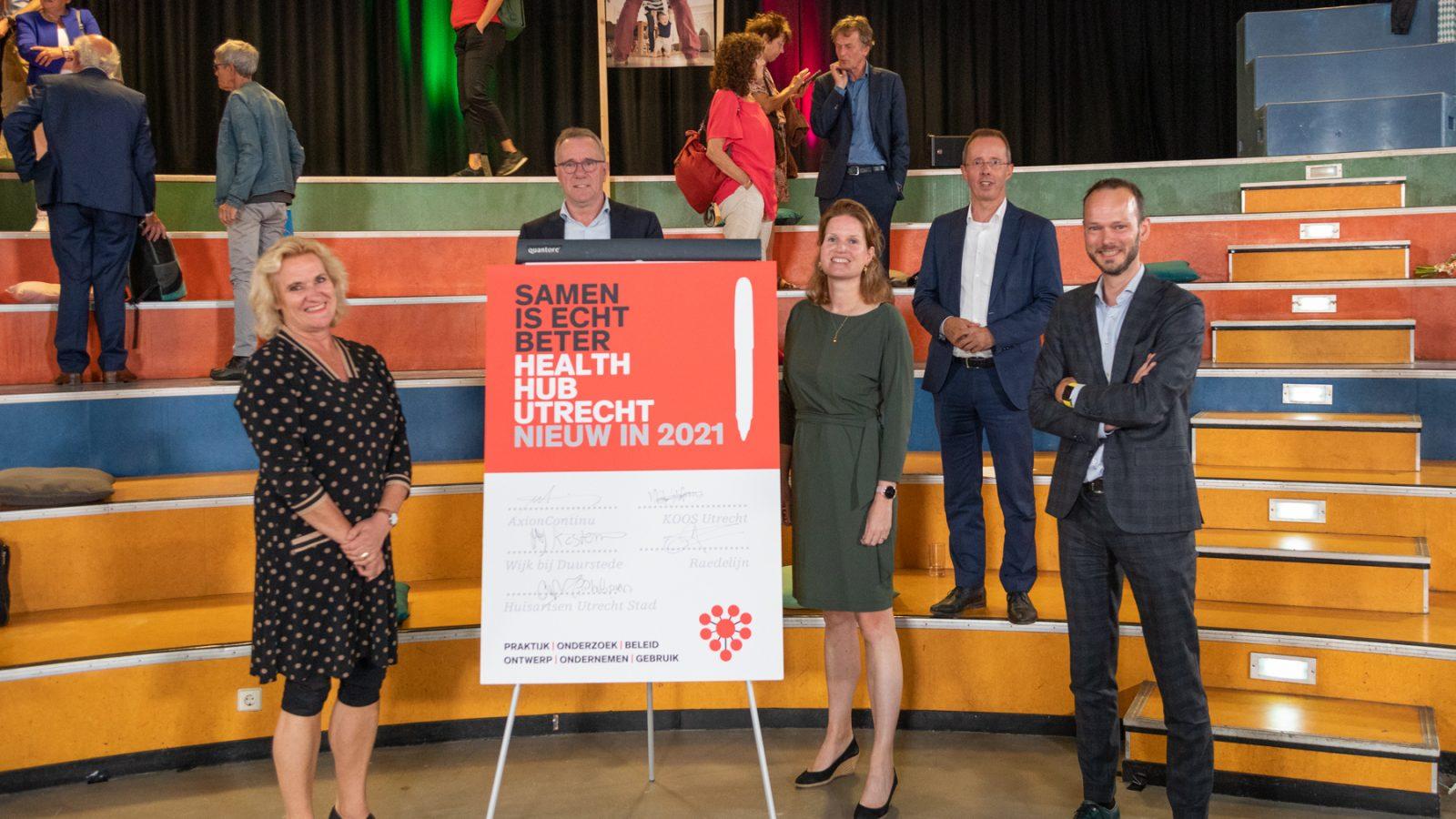 Ondertekening Health Hub Utrecht partners 2021